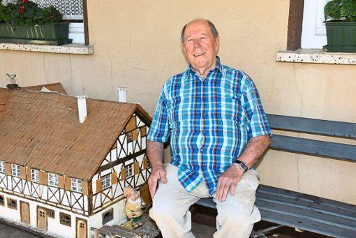 August Hirt ist heute 80 Jahre alt.   Foto: Baiker Foto: Schwarzwälder Bote