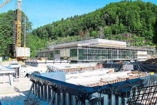 Das Kinzigtalbad soll den derzeitigen Planungen nach Ende des Jahres bis Anfang 2020 fertig gestellt sein.   Archivfoto: Störr Foto: Schwarzwälder Bote