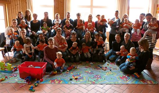 Die Eltern und ihre Sprösslinge kamen auf Einladung der Gechinger  Gemeindeveraltung zusammen.   Foto: Selter-Gehring Foto: Schwarzwälder Bote