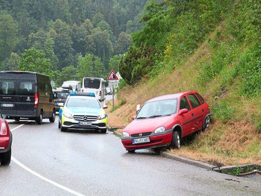Erst vor Kurzem ist ein Auto auf der Bergstrecke gen Lindenhof von der Straße abgekommen. Foto: Danner