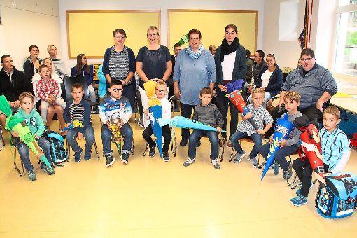 Ihre Einschulung  in der Grundschulförderklasse in Löffingen feierten acht Kinder, die Rektorin Sakia Bea begrüßte.      Foto: Bächle Foto: Schwarzwälder-Bote