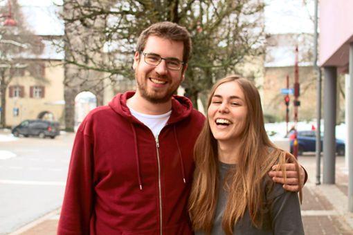 Marisa und Merlin sind glücklich: dieses Jahr läuten für das junge Paar die Hochzeitsglocken.  Foto: Böhm Foto: Schwarzwälder Bote