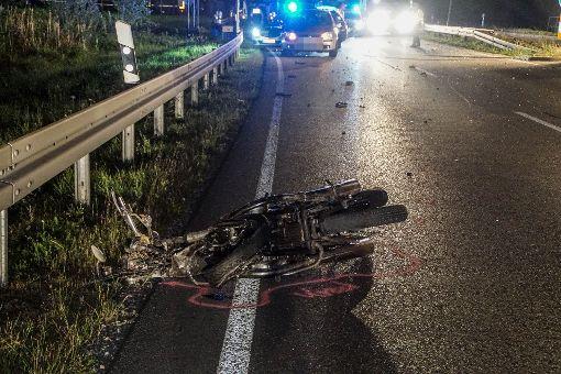 Zu Beginn des vergangenen Wochenendes ist ein 30-jähriger Motorradfahrer auf der B 463 nahe strongBalingen-Frommern/strong ums Leben gekommen. a href=http://www.schwarzwaelder-bote.de/inhalt.balingen-motorradfahrer-stirbt-bei-unfall-auf-b-463.7012d55d-b00d-48bb-8222-d349afa0c5c2.htmltarget=_blankstrongZum Artikel/strong/abr Foto: SDMG/ Maurer