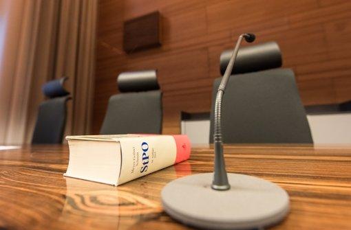 Das Landgericht Freiburg entscheidet nun, ob und wann es zum Prozess gegen den 20-Jährigen kommt. Foto: dpa