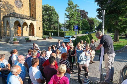 Architekt Thilo Sprenger präsentierte am Dienstag den Räten seinen Entwurf für eine Tiefgarage neben der Stadthalle Museum. Foto: Stopper