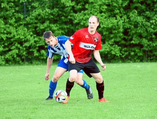 Ob Tobias Schatz mit der TSG Balingen II eine Überraschung gegen den Verbandsliga-Aufsteiger VfL Nagold gelingt?  Foto: Kara