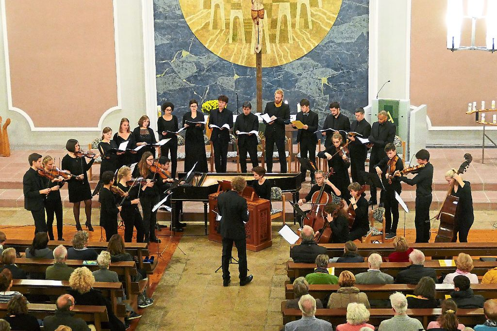 Das Landesjugendbarockorchester Baden-Württemberg begeisterte das Publikum. Foto: Tröger Foto: Schwarzwälder-Bote