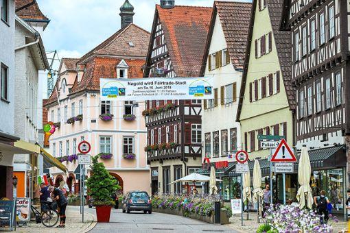 Am kommenden Samstag wird die Stadt Nagold ganz offiziell als  Fairtrade-Stadt aufgenommen. Die  Zertifizierung wird im Rathaus-Foyer gefeiert.  Foto: Thomas Fritsch