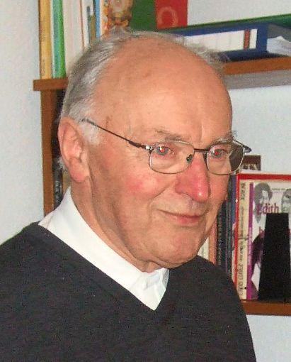 Nach neun Jahren verlässt Pfarrer Wigbert  Döggingen und geht  nach  Herbolzheim zurück.   Foto: Minzer Foto: Schwarzwälder-Bote