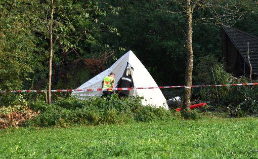 Ein 15-jähriger Junge ist bei einem schweren Unwetter in Baden-Württemberg von einem Baum erschlagen worden. Foto: dpa