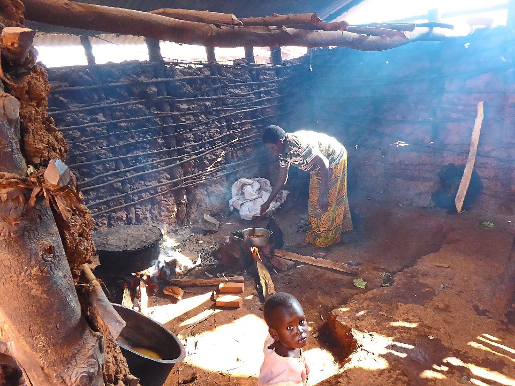 Setzen sich für das Projekt in Burundi ein: (von links) die ...