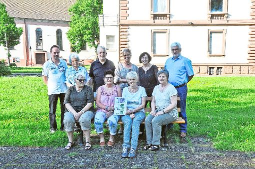 Die CDU Steinach-Welschensteinach hat 700 Euro an die Bürgerhilfe übergeben.    Foto: Kleinberger