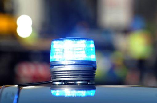 Kriminaltechniker fanden am Tatort Reste von Schusswaffen. (Symbolfoto) Foto: dpa