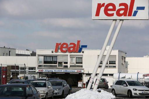 Der Non-Food- und Getränkemarkt von Real auf Gehrn: Hier sollen nach den Planungen des Unternehmens im nächsten Jahr auch Lebensmittel angeboten werden. Foto: Maier