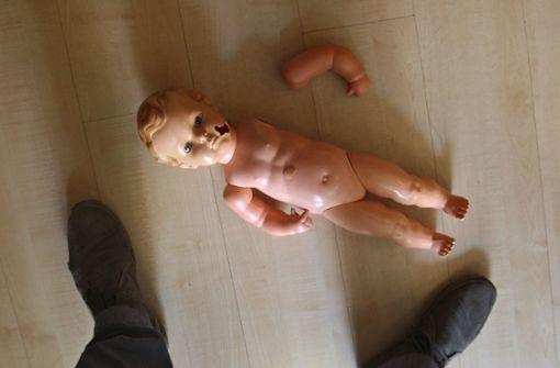 Der misshandelte Junge braucht jetzt laut Experten vor allem viel Zeit, um das Geschehene zu verarbeiten. (Symbolbild) Foto: dpa/Hildenbrand