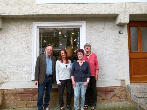 Der neue    Vorstand des Weltladen Nagold  (von links): Gottfried Gruner, Gundula Callies, Christel Eitner  und die neue Vorsitzende Elke Bantle.  Foto: Weltladen Foto: Schwarzwälder Bote