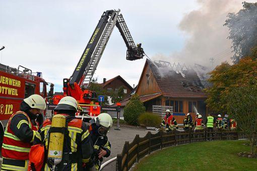 Ein 77-jähriger Mann kam bei dem Brand in der Villingendorfer Brunnenstraße ums Leben. Foto: Cools