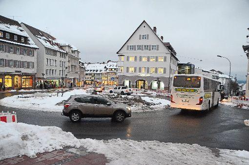 Aufatmen bei den Einzelhändlern: Die Loßburger Straße und der neue Kreisel am Promenadenplatz sind freigegeben. Foto: Schwark
