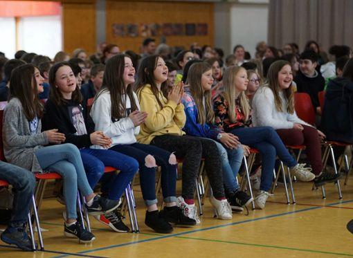 Begeisterung bei den mehr als 500 Schülern. Foto: Jürgen Lück