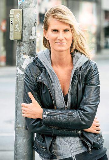 Lucy van Kuhl tritt am Samstag im Bürgerhaus in Bierlingen auf.  Foto: Veranstalter Foto: Schwarzwälder Bote