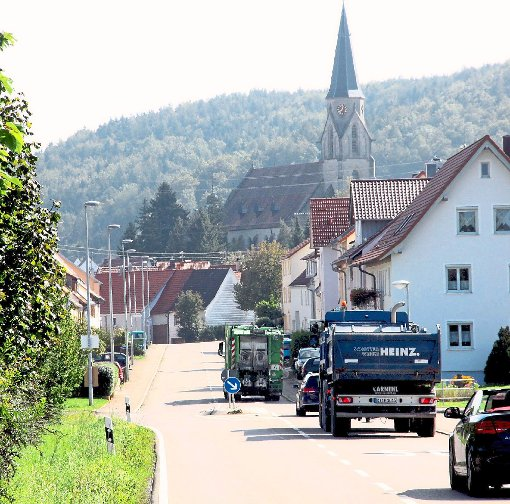 Die Ortsdurchfahrt der L410 in der Haigerlocher Straße bleibt ein Aufregerthema in der Bevölkerung. Foto: Beiter