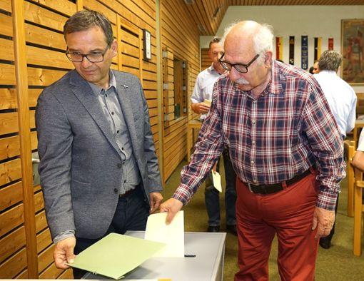 Der Gemeinderat musste auf Antrag der SPD geheim über die Schöffen abstimmen.  Foto: Lück