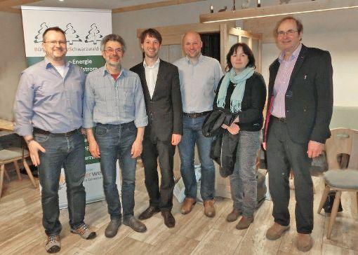 Der neue Vorstand der Bürger-Energie Alpirsbach eG  (von links):  Dietmar Lust, Ulrich Seiz, Simon Hänel, Sascha Schmidt, Maria Künstle und Hans Trück.   Foto: Engisch Foto: Schwarzwälder-Bote
