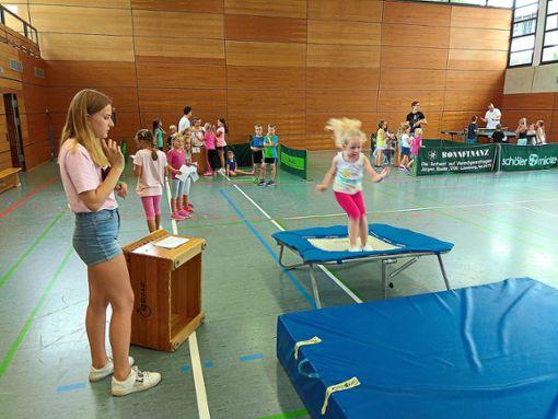 Viel Spaß hatten die Kinder  an den verschiedenen Stationen  in der Loßburger Turn- und Festhalle.  Foto: TTC Foto: Schwarzwälder Bote