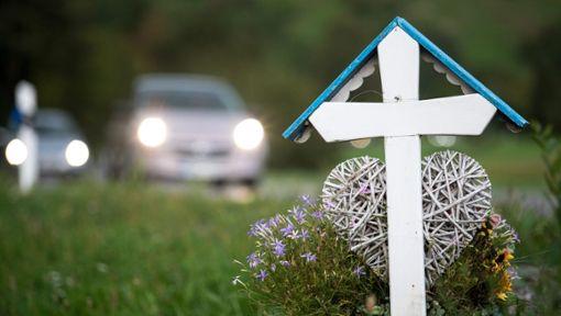 Rasen rangiert bei tödlichen Unfällen weiterhin an vorderster Stelle als Unfallursache. Foto: Sebastian Gollnow/dpa