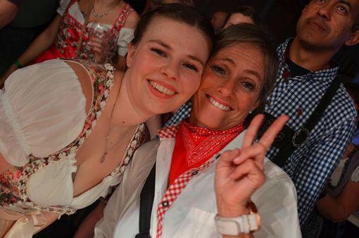 Partystimmung beim Dorfrocker-Konzert Foto: Bartler-Team