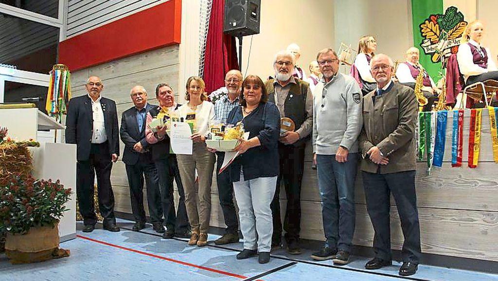 Burladingen: Albverein Stetten kann 125. Geburtstag feiern - Burladingen - Schwarzwälder Bote