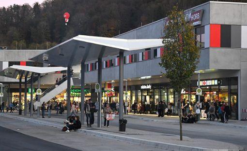 Das Einkaufszentrum hat laut einer Studie noch nicht zur Belebung des Innenstadthandels beigetragen.   Foto: Hopp