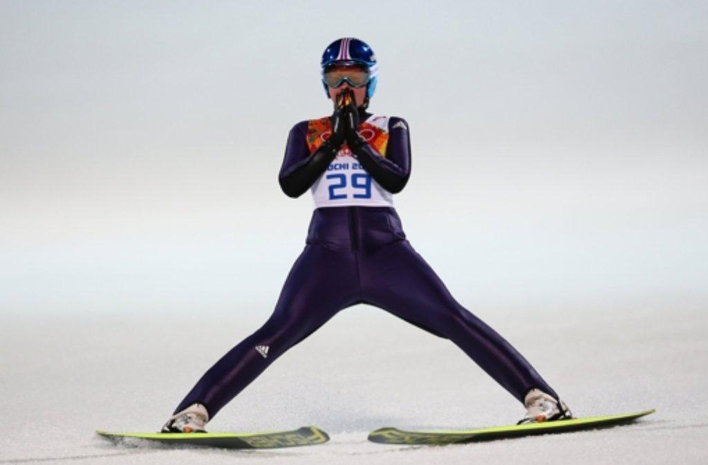 skispringerin carina vogt wird in schw bisch gm nd f r ihren olympiasieg gefeiert. Black Bedroom Furniture Sets. Home Design Ideas