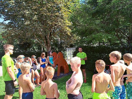 Kinder lernten im Calmbacher Waldfreibad den Triathlonsport kennen.   Foto: Skizunft Foto: Schwarzwälder-Bote
