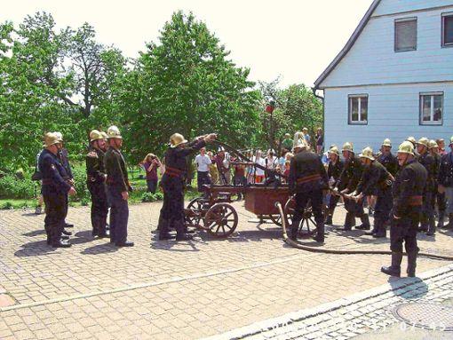 Die historische Spritze ist einer der Höhepunkte der 140-Jahr-Feier der Feuerwehr Agenbach.   Foto: Feuerwehr Foto: Schwarzwälder Bote