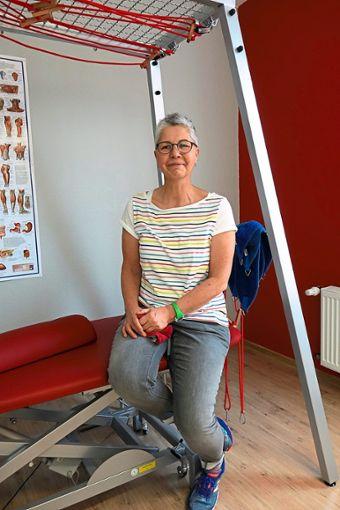 Manuela Dachner an ihrem Arbeitsplatz in Bad Wildbad.  Foto: Schabert Foto: Schwarzwälder Bote