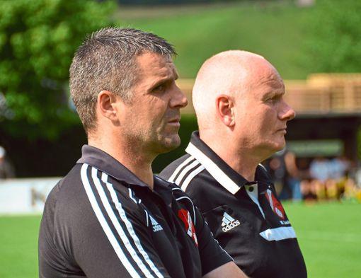 Sind froh, dass die Winterpause beginnt: Hofstettens Coach Martin Leukel (rechts) und sein Co-Trainer Michael Singler. Foto: Schwarzwälder Bote