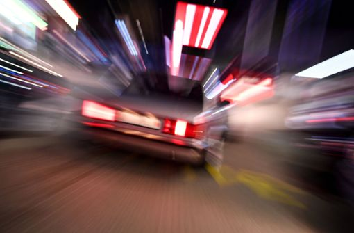 Nach einem Vorfall auf einem Parkplatz in Altensteig sucht die Polizei Zeugen. (Symbolfoto) Foto: dpa