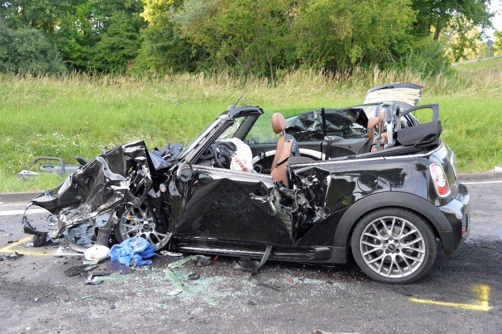 Nagold 20 Jahriger Stirbt Bei Unfall Nahe Rottenburg Nagold Umgebung Schwarzwalder Bote
