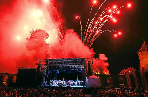 Das Feuerwerk zum Abschluss des Calwer Klostersommers hat schon Tradition.   Foto: Fritsch