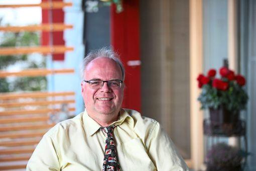 Angekündigt hat er es schon, jetzt lässt er Taten folgen: Lars Henker bewirbt sich als OB für VS. Foto: Eich