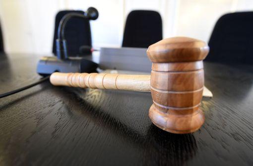 Das Gericht hat sein Urteil gesprochen. Der Todes-Prügler von Haslach muss fünf Jahre hinter Gitter. (Symbolfoto) Foto: dpa
