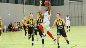 Basketball: Duell der Top-Scorer: Lawrence gegen Cavlin