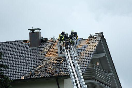 Erneut wurde in dem Haus in Nagold ein qualmender Brandherd entdeckt. Foto: Thomas Fritsch