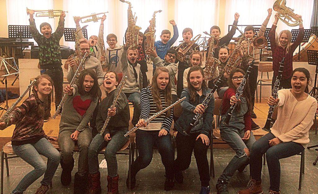 Ein Hoch auf die Musik. Foto: Stadtmusik Foto: Schwarzwälder Bote