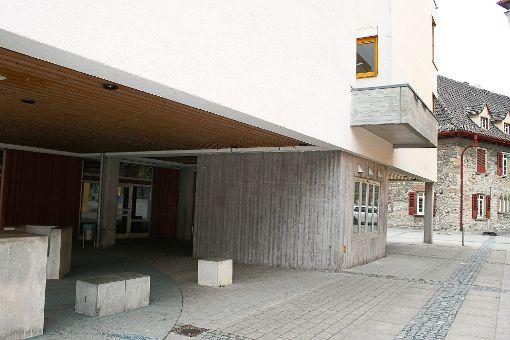 Die Achtklässler der Realschule dürfen ihr Räume nicht verschönern. Das Bauamt der Stadt hat etwas dagegen. Foto: Danner