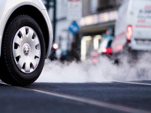 Ältere Diesel werden wohl bald auch in Reutlingen verbannt. Foto: dpa