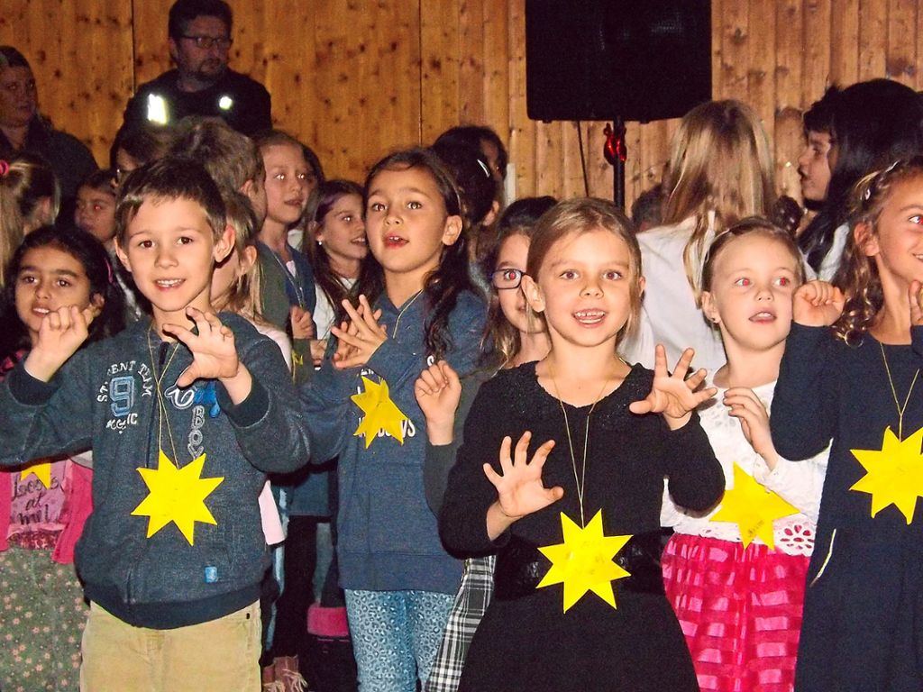 Weihnachtsfeier Geschichte.Horb A N Sterntaler Märchen Wird Zum Musical Horb Am Neckar