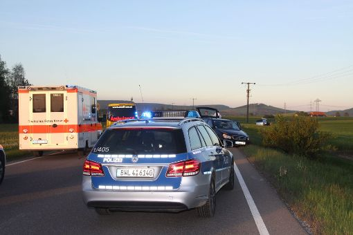 Ein Schwer- und ein Leichterletzter sind die Bilanz eines Unfalls auf der B 31 zwischen Hüfingen und Geisingen. Foto: kamera24.tv