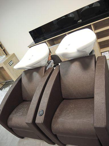 Die zeitgemäße, sehr bequeme Waschanlage: hier lassen es sich die Kunden gutgehen   Foto: Jehle Foto: Schwarzwälder Bote